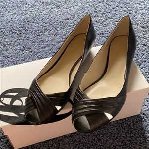 Nine West Black Open Toe Flats